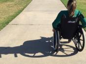 imatge jove en cadira de rodes